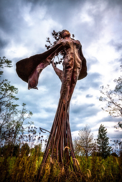 daphne-garden-sculpture-from-northerly-island-photo-by-chris-smith