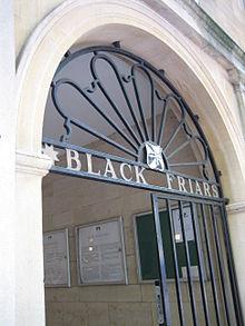 220px-Blackfriars_Oxford.jpeg